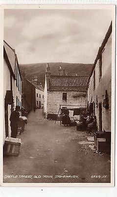 CASTLE STREET, OLD TOWN, STONEHAVEN: Kincardineshire postcard (C8659)