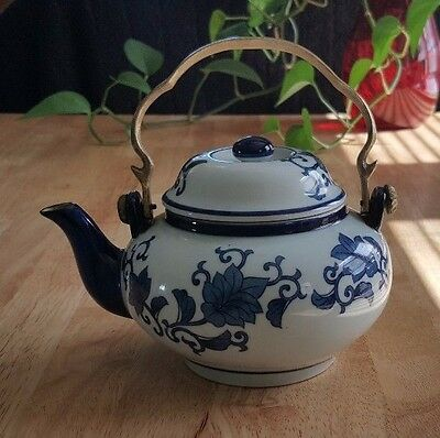 Vintage Ceramic Tea Pot - Blue & White Flower Print
