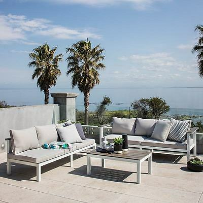 Excalibur Outdoor Living Getaria L-Shaped Lounge Set with Table HX713005