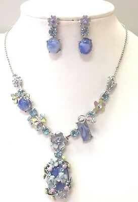 Fashion flower necklace and earrings set in blue colour