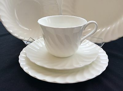 Wedgwood Candlelight White Place Setting-Dinner/entree/soup/c&s Plate 6 Pieces