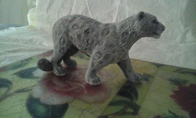 figurine marble chips Snow leopard realistic Souvenirs from Russia wild cat