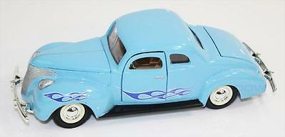 1:24 Diecast 1940 Ford Coupe Hot Rod Licensed Model Die Cast Car MotorMax