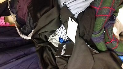 joblot of 100 jeans (mixed; mens and womens)