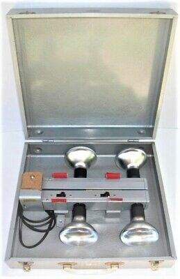Vintage Smith Victor L400 Movie/Photo Light/ Lamp Bar in Metal Case