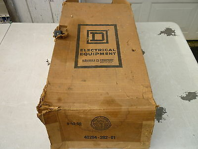 Square D 3 phase safety switch 240 volt 100 amp fusible Series D3 in box H323