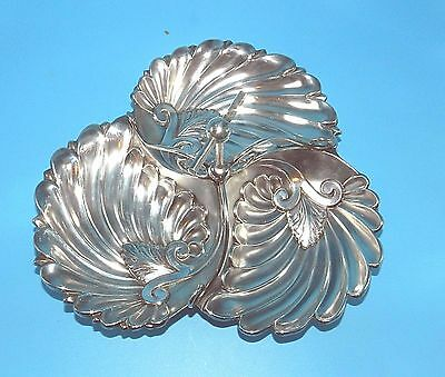 Vtg Ornate Scallop Footed 3 Section Silver Plate Hors D'oeuvre Serving Dish Tray