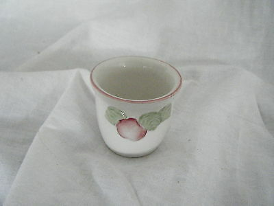 C4 Pottery Boots Orchard Egg Cup 5X5cm 6B4A