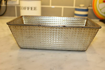 """Vintage GSW Metal Baking Loaf Pan Waffle Texture Folded Ends 9"""""""