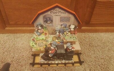 Enesco Mary's Moo Moos Lionel Train Station Schedule  Lot