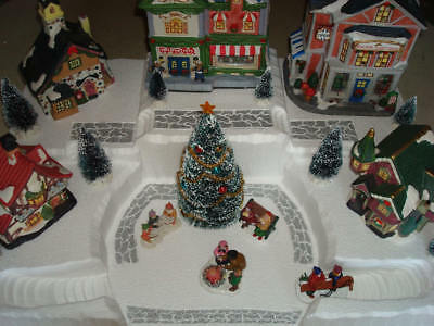 Christmas Village Display Platform Base J27 - Dept 56 Lemax Dickens