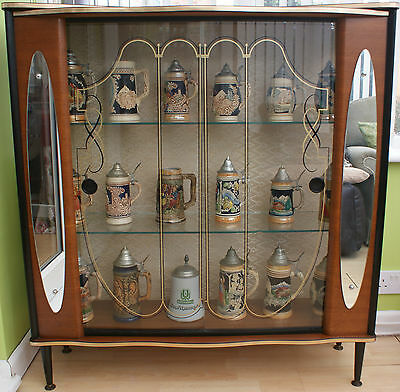 A Vintage Retro 1950's Cocktail Drinks Or Display Cabinet +Glass Doors & Mirrors