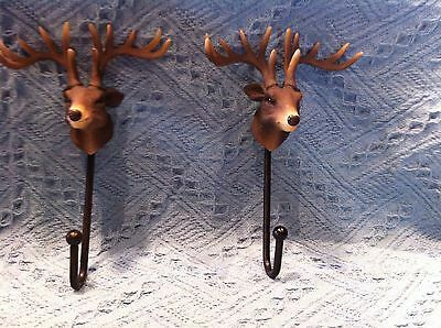 New Primitive Metal Reindeer Coat Hangers