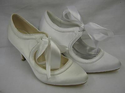 Ladies Satin Court/Wedding Shoes with Ribbon Tie   9755