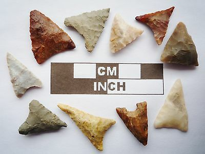 Neolithic Arrowheads, 10 x Triangle Artifacts - 4000BC - (R019)