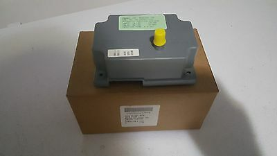 Fenwal ignition control 2460D 902-005, cat. 05-159901-003, Dexter, Maytag,others