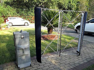 NOMADIC INSTAND 5' x 5' Trade Show Pop-Up Display w/Case