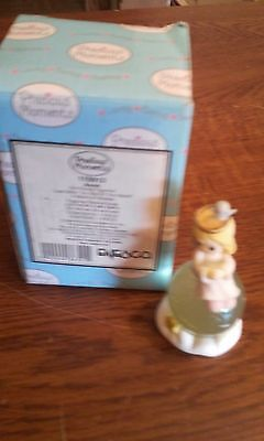 """Precious Moments Figurine """"Just Sitting On Top Of The World"""" Avon / 110912"""