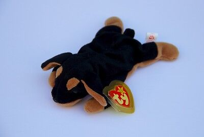 Doby Ty Beanie Baby - 1996 - Rare and Retired!!