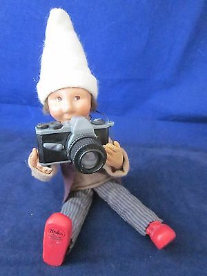 BYERS CHOICE Kindle Christmas Ornament with Camera ~ MISSING 3 FINGERS