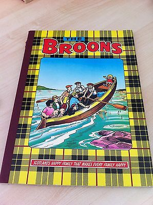 Vintage 'The Broons' Comic Book Annual from 1983 - Good condition