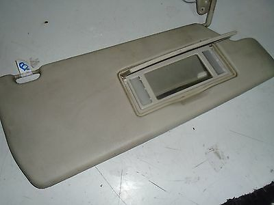 Land Rover Discovery 300 Tdi Front, Right Hand,offside Sunvisor Es Spec      (B)