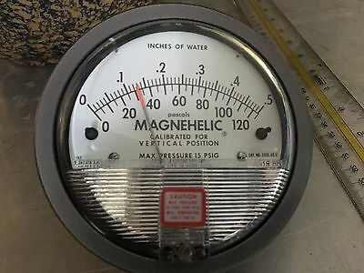 """Dwyer 2000-0D C Magnehelic Differential Pressure Gauge 0-.5"""" w.c.  0-125 Pa"""