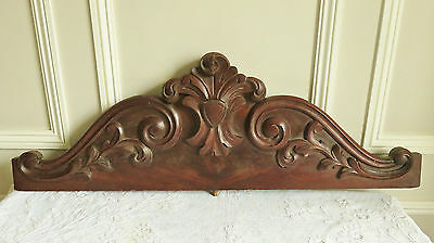 Superb Antique Carved Wooden Pediment Decorative Mount French Acanthus Shield