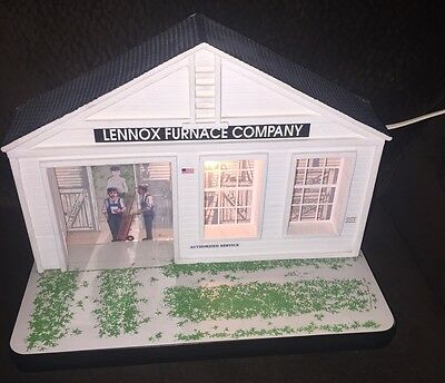 Lennox Furnace Company Display Diorama Model Lights Up EES COLLECTIBLES 1:25