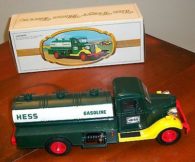 1980 Toy The First Hess Truck Oil tanker - in box perfect with working lights