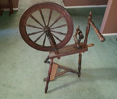 Vintage Large Wooden Spinning Wheel Decorative Working Spindle Carved Wood