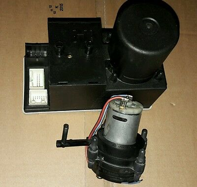 Central locking pump Audi A3 A4 A6 A8 replacement repair motor 8L0962257