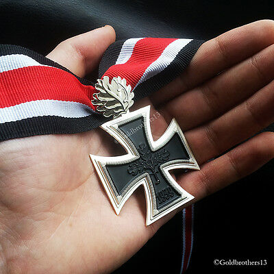 Knights Cross of the Iron Cross with Leaf WW2 German Medal 1939 Ritterkreuz Copy