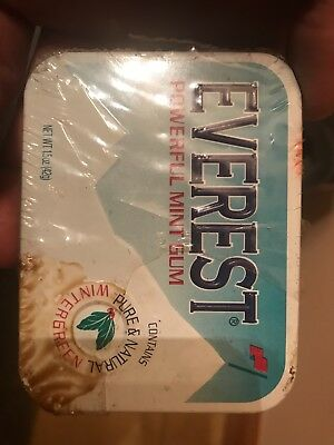 EVEREST POWERFUL MINT GUM. Discontinued in 1998 ammm gift from my grandpa and g