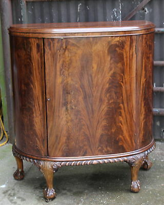 A Quality Edwardian Mahogany Bow Fronted Side Cabinet Ball & Claw Supports