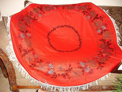 Vintage Round Christmas Tablecloth