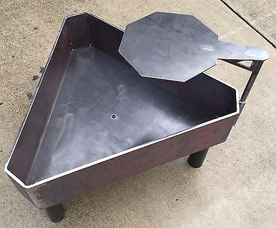"NEW! 35"" Triangle Fire Pit, Solid Steel, Wood Stove, USA, Oilfield, FPRF12"