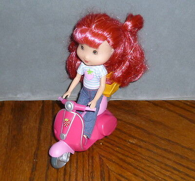 strawberry shortcake doll with scooter