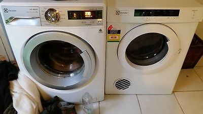 Dryer Electrolux Clothes near new $200