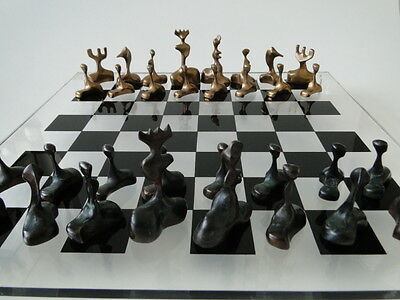 "impressive bronze chess, échecs, ajedrez, ""author ??"""