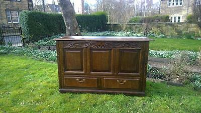 A Good Antique 18th Century Carved Oak Mule Chest / Blanket Box / Coffer