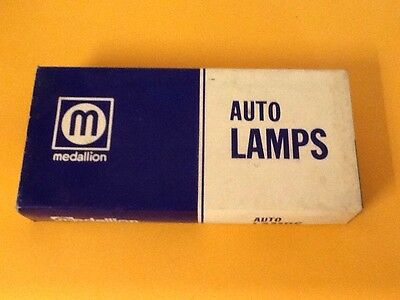 Box Of 10 Vintage Auto Lamps Bulbs 1158 by Medallion New NOS