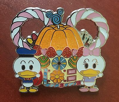 HKDL - Mickey & Friends with Candy Booster Set - DONALD & DAISY DUCK ONLY PIN