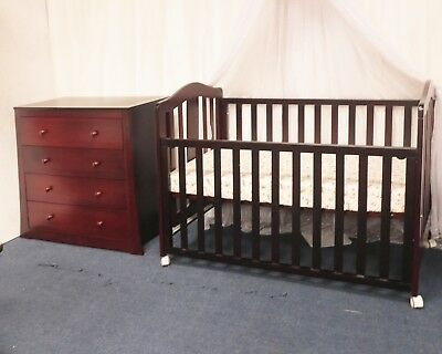 NEW  CHILDCARE COT CHANGE TABLE MATTRESS PACKAGE WHITE CRIB BABY BED walnut