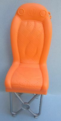 Orange Snap in Barbie Van Chair from 2008