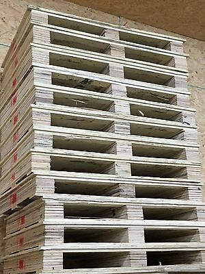 Lot Of 20 Wooden Shipping Pallets  For Freight Or Storage Wood Heavy Duty Solid