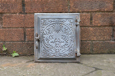22.2 x 24.2 cm old cast iron fire bread oven door/doors /flue/clay/range/pizza
