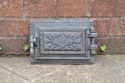 22.3 x 15.6 cm old cast iron fire bread oven door/doors /flue/clay/range/pizza