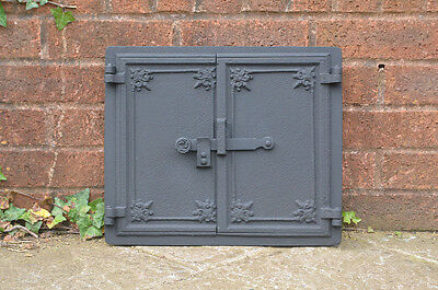 39.2 x 32.8 cm old cast iron fire bread oven door doors flue clay range pizza