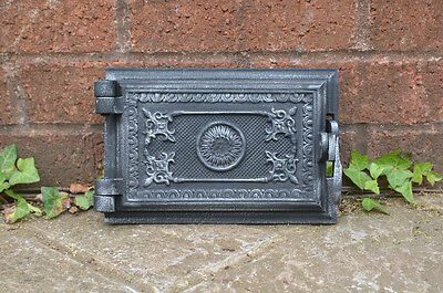 22 x 14.8 cm old cast iron fire bread oven door/doors /flue/clay/range/pizza